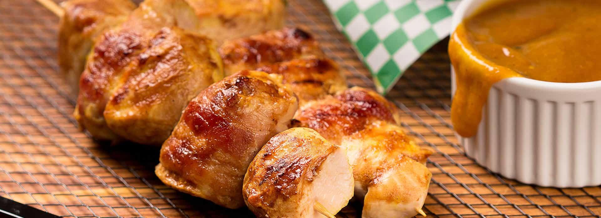 Prueba los Deliciosos chuzos de pollo con salsa miel mostaza Friko