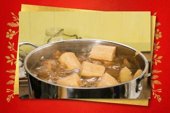 Preparar masa de tamal de pollo